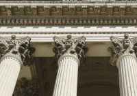 Как найти лучшего адвоката по ДТП и не только